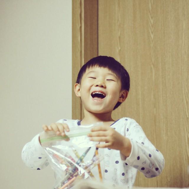 24-70 f.2.4 #아들 #웃음 #힘 #희망 #축복 지금의 환한 웃음과 생각들 지켜주고  키워주고 보고싶다 집에가면 피곤모드